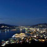 豪華客船のいる長崎市の夜景