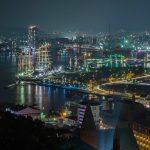 天主堂の入る長崎市の夜景2