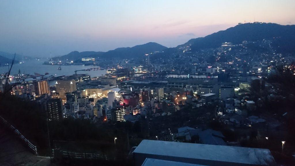 長崎市立山町からの長崎市の夕景