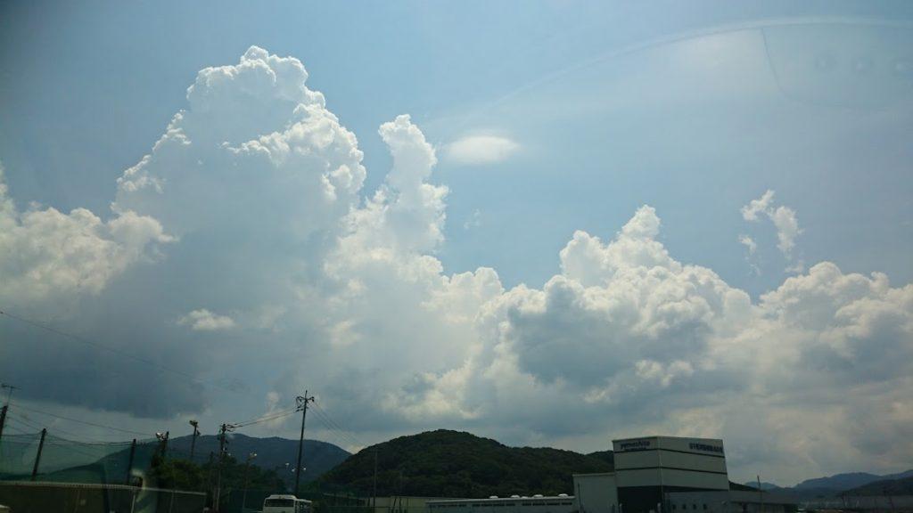 諌早市貝津町付近で撮影した夏の雲