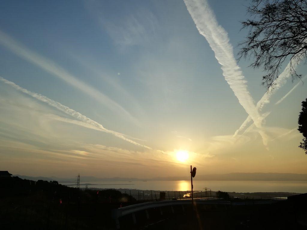 大村市野岳町から望む大村湾の夕日